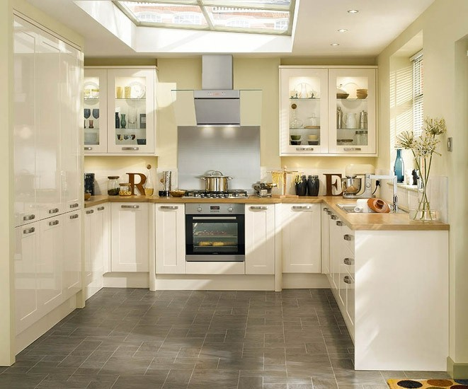 Burford gloss ivory we fit howdens kitchens for Perfect kitchen harrogate